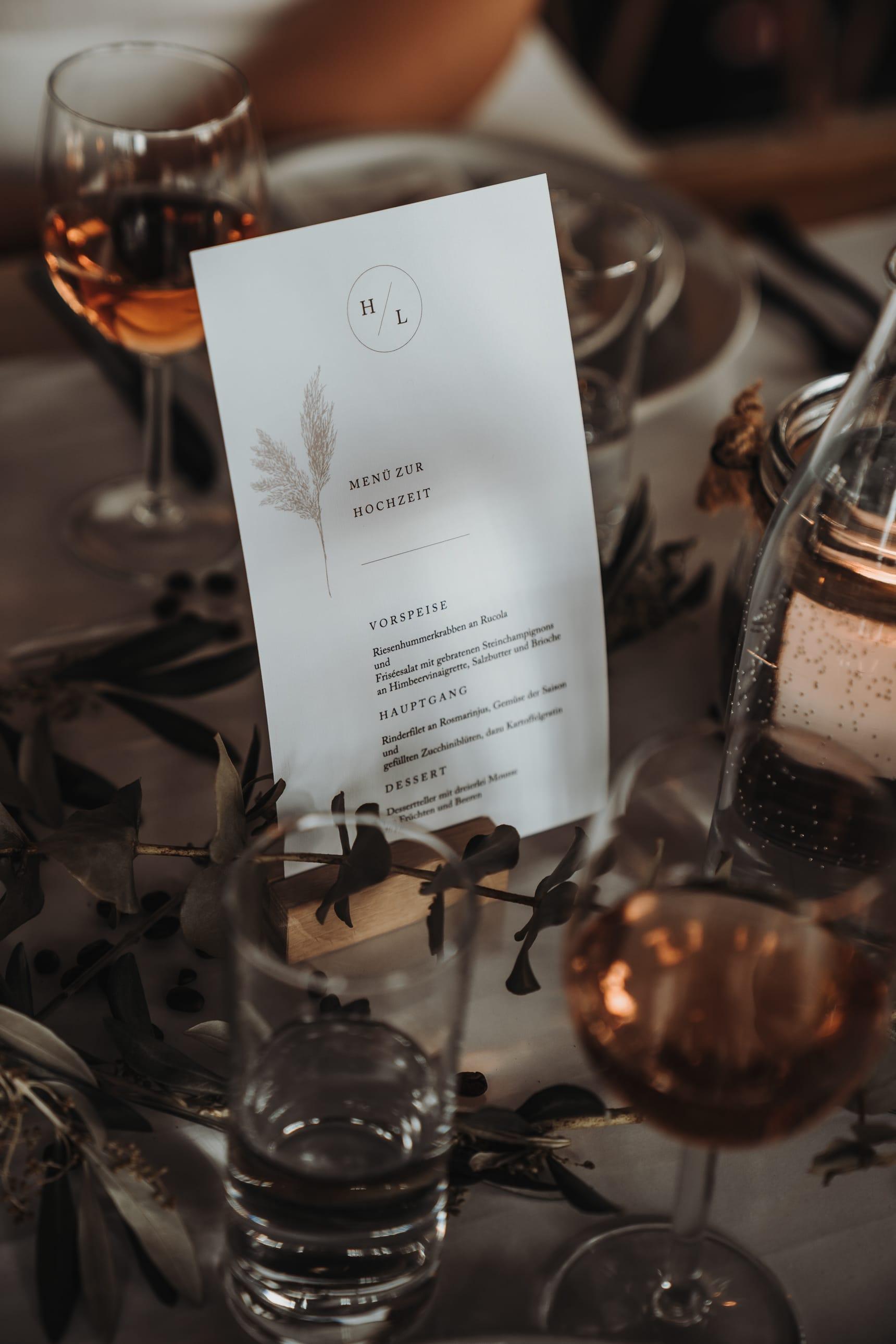 Tischdeko_Ideen_für_die_Hochzeit_mit_Kaffee_01