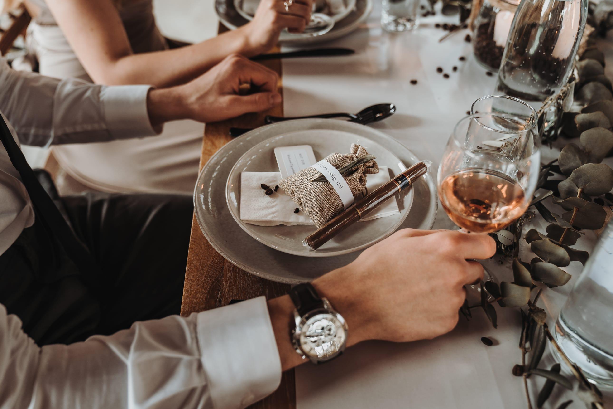 Tischdeko_Ideen_für_die_Hochzeit_mit_Kaffee_02